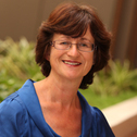 Dr Elizabeth Nichols